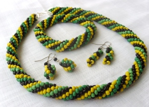 Bead rope black yellow green