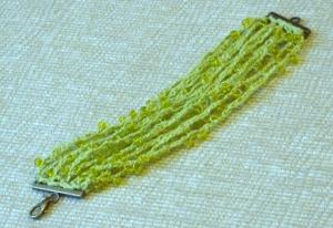 Spring green beaded bracelet