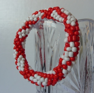 Bead crochet rope coral and white bracelet