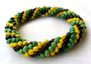 Bead crochet rope bracelet green black yellow