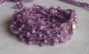Delicate liliac beaded bracelet