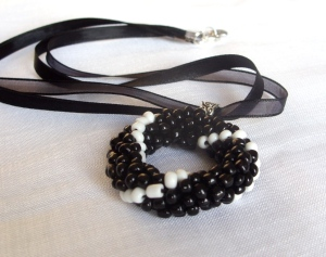 Black white pendant