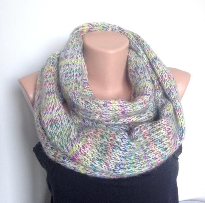 Fular circular tricotat