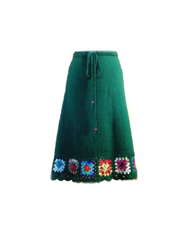 fusta-verde-etno-tricotata-manual