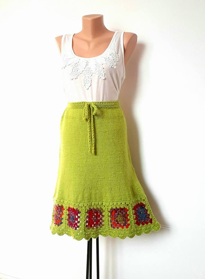 Fusta tricotata verde crud
